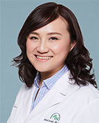 李泓, MD